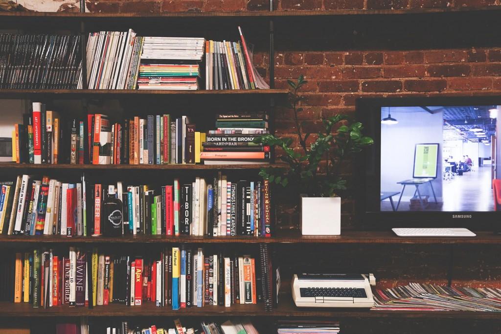 books-min